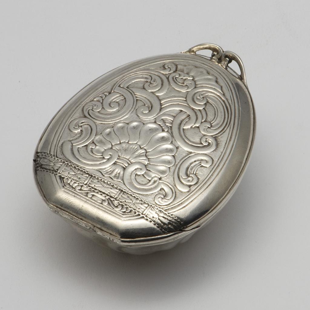 A Mid-18th Century European Silver Snuffbox.